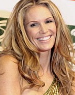 elle macpherson, britains next top model, fightfinelines.com, wrinkles, aging, celebrities, beauty