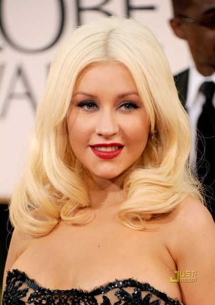 Christina Aguilera, Christina Aguilera skin care Christina Aguilera makeup, NYC plastic surgery, Plastic surgery NYC, top New York City plastic surgeons, Manhattan Aesthetic Surgery